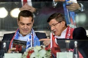tsipras-davoutoglou-gipedo