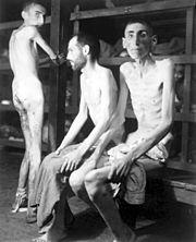 Slave_laborers_at_Buchenwald