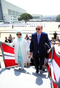 erdogan-kinaliada-yi-denize-indirdi-9789330_497_m